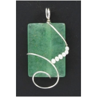 Green Agate Pendant with Pearls